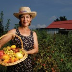 Tennessee Tomato Queen Sells Heirloom Seeds