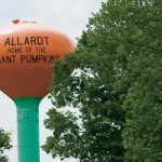 Giants Among Pumpkins at Allardt Festival