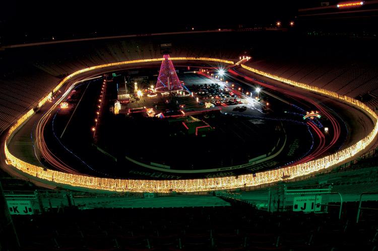 Bristol Motor Speedway, holiday lights