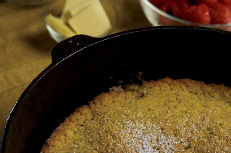 Berry Delightful Cornmeal Cake Recipe