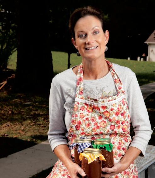 Yolanda Heuser of Cumberland County, TN makes apple butter
