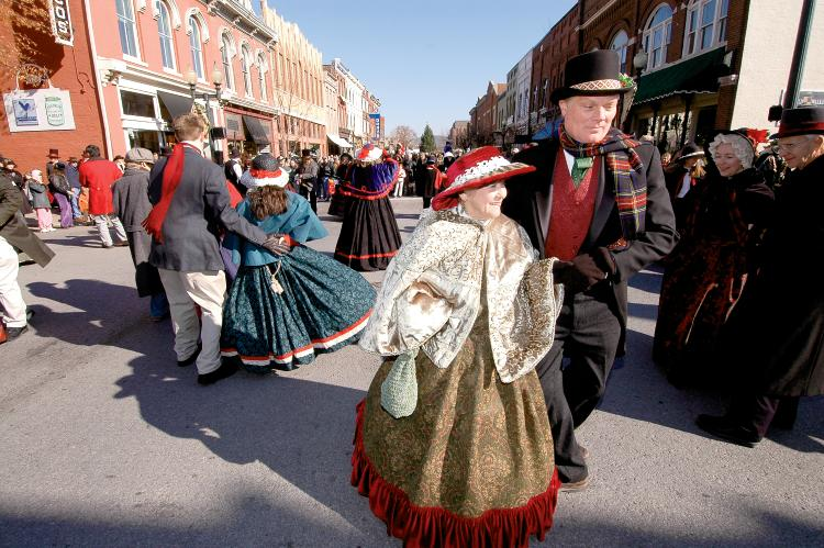 Dickens of a Christmas in Covington
