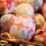 DIY: Silk Tie-Dyed Easter Eggs